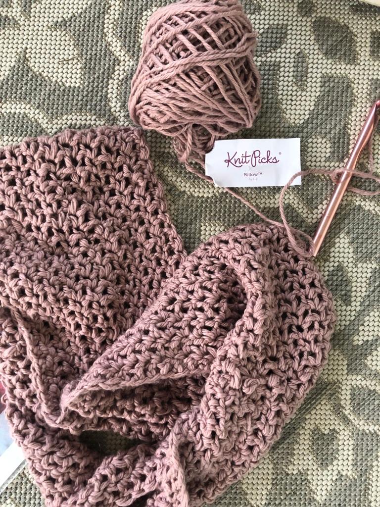 Crochet chunky scarf billow yarn Infiinty scarf